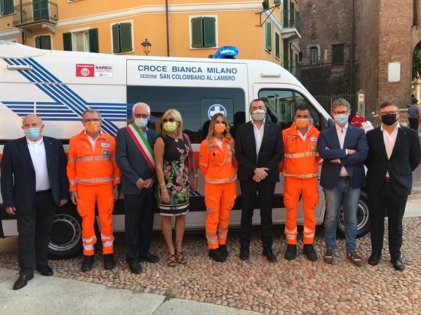 Inaugurazione nuova ambulanza Croce Bianca San Colombano, presente il senatore Augussori